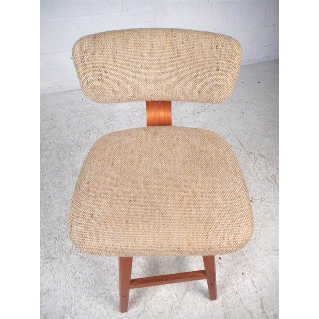 Danish Modern Upholstered Swivel Stools by Vampdrup Stolefabrik, Set of 3 For Sale In New York - Image 6 of 13