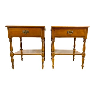 Vintage Ethan Allen Nutmeg Maple Nightstands - a Pair For Sale