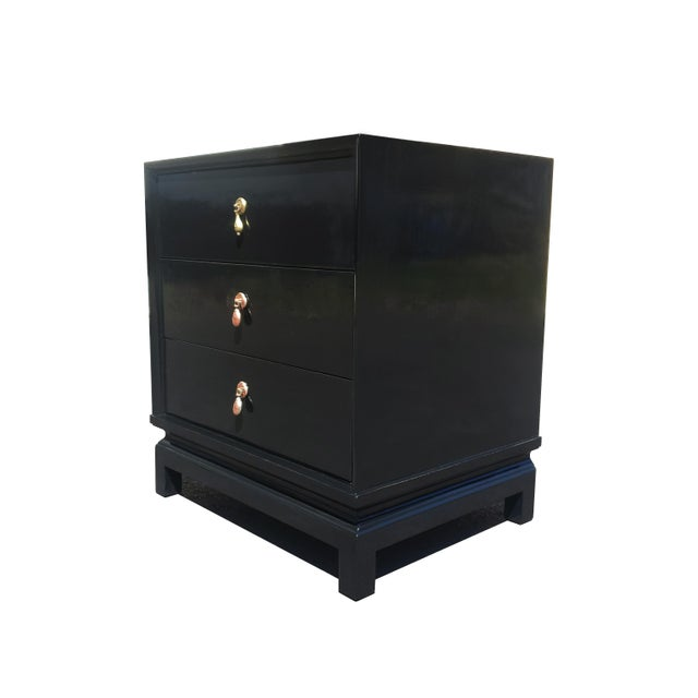 1970s An American of Martinsville Black Lacquer Nightstand / Dresser For Sale - Image 5 of 8