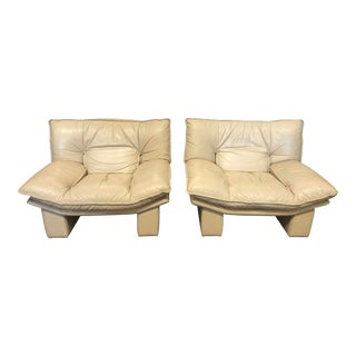 1970's Italian Leather Chairs by Nicoletti Salotti For Sale