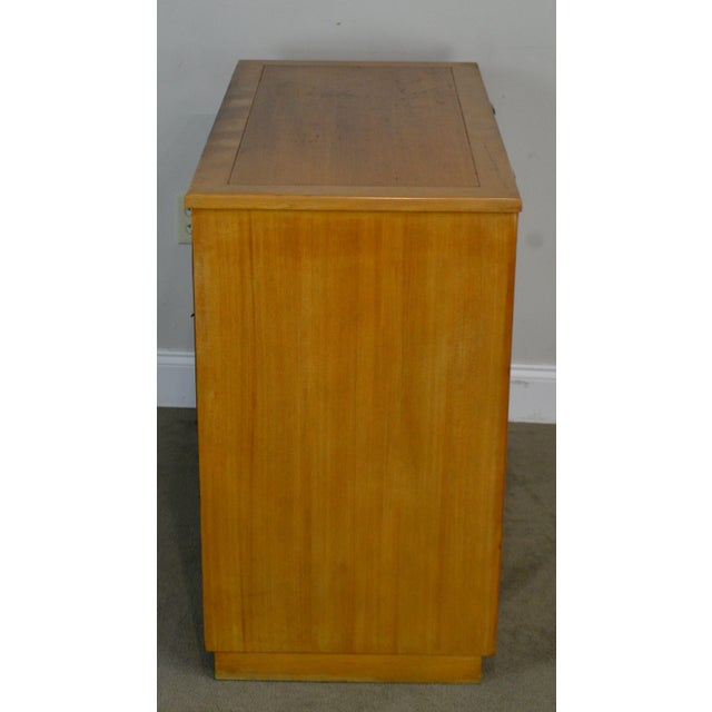 Edward Wormley for Drexel Precedent Pair Mid Century Modern Chests For Sale - Image 11 of 13