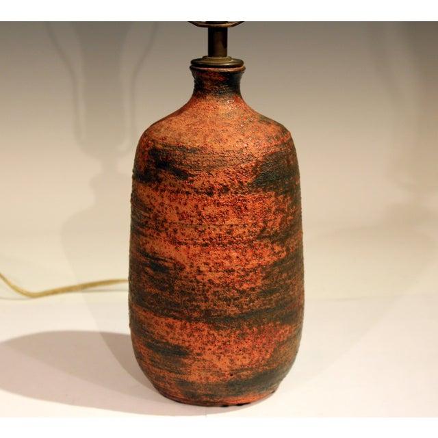 Mid-Century Modern Vintage Polia Pillin Pottery Lava Sand Textured Mid Century Mid-Century Modern Studio Vase Lamp For Sale - Image 3 of 9