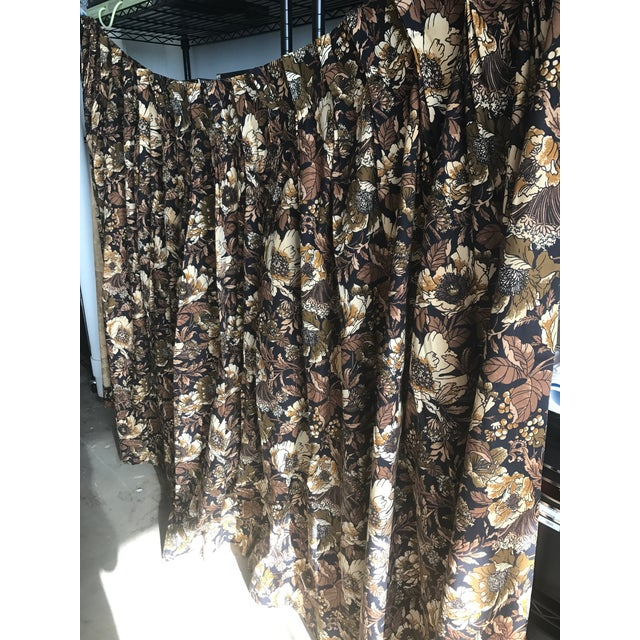 """Brady Bunch Style"" Floral Pattern Drapery Short Panel For Sale - Image 4 of 6"