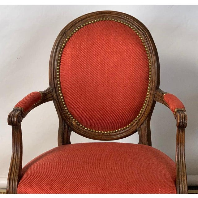 Pair of French Louis XVI Beechwood Fauteuils For Sale In Richmond - Image 6 of 12