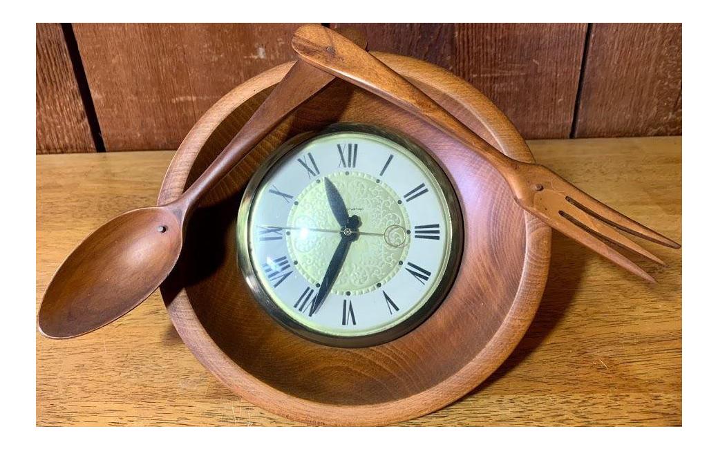 Image of: Mid Century Modern Lanshire Kitchen Clock Chairish