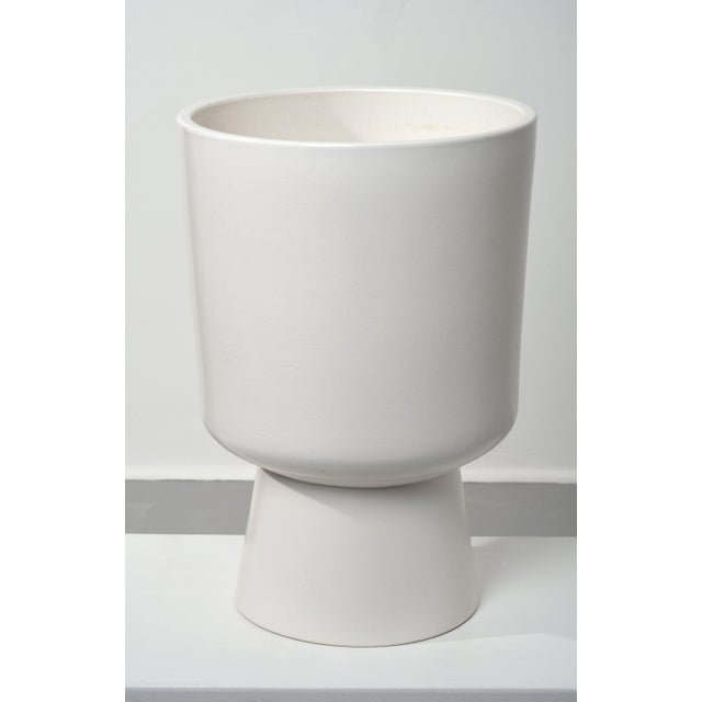 Architectural Pottery 1960s Malcolm Leland Chalice Planter For Sale - Image 4 of 8