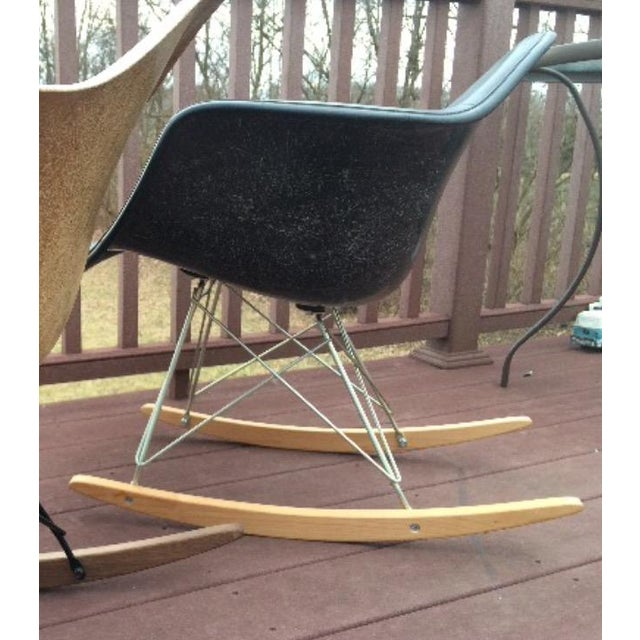 Herman Miller Eames Fiberglass Rocking Chair - Image 10 of 10