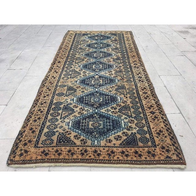 What Makes Turkish Rugs Great How You Can Read The Design Of A Turkish Rug: 1960s Vintage Turkish Anatolian Geometric Design Handmade