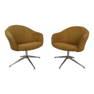 Pair of Mid-Century Viko Baumritter Swivel Chairs For Sale