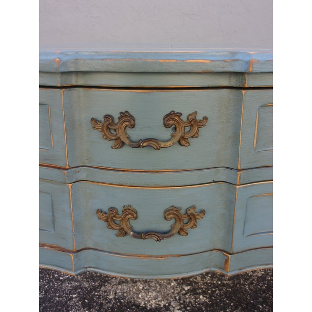 Vintage French Provincial Nightstands - A Pair - Image 8 of 10