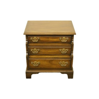 20th Century Traditional National Mount Airy Solid Mahogany Tiered 3 Drawer Accent Table For Sale