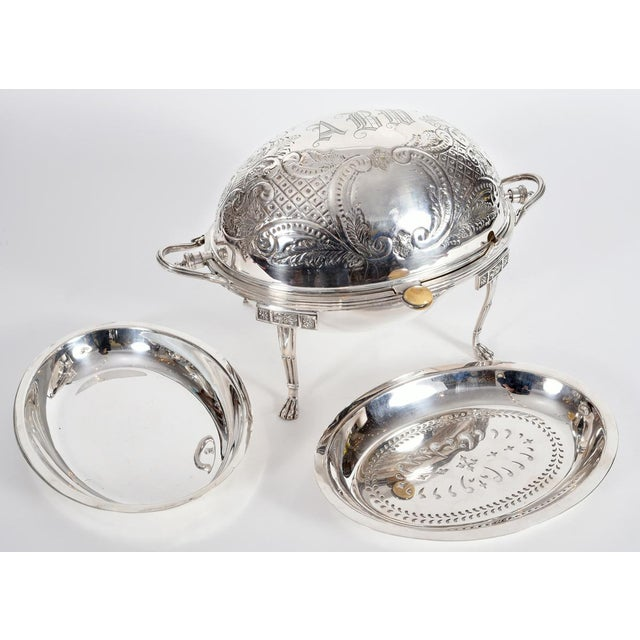 Mid 20th Century Vintage English Silver Plate Footed Tableware Server . For Sale - Image 5 of 9