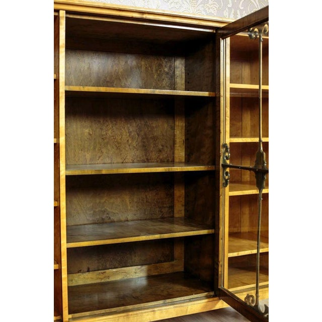 20th Century Bookcase in Birchen Veneer For Sale - Image 4 of 10