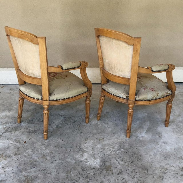 Pink Pair of Louis XVI French Aubusson Tapestry Fruitwood Armchairs For Sale - Image 8 of 13