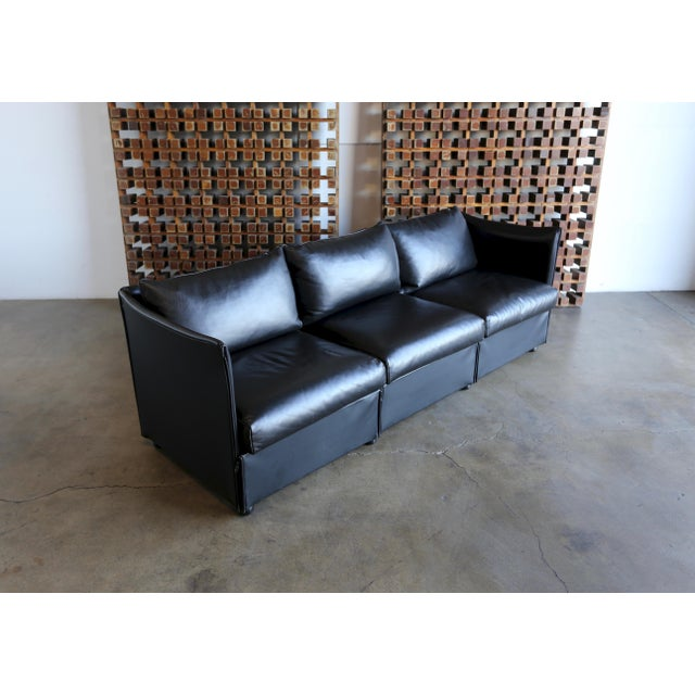 Cassina 1980s Vintage Leather Landeau Sofa by Mario Bellini for Cassina For Sale - Image 4 of 12