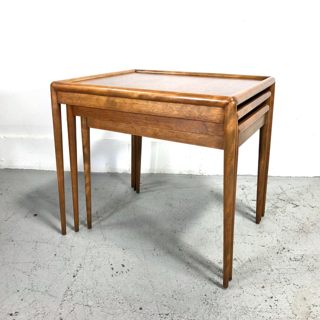 t.h. Robsjohn-Gibbings Nesting Tables for Widdicomb - Set of 3 For Sale - Image 10 of 13