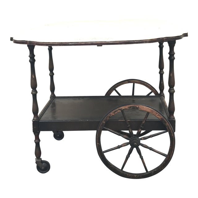 20th Century English Traditional Tea Cart With Collapsible Sides For Sale