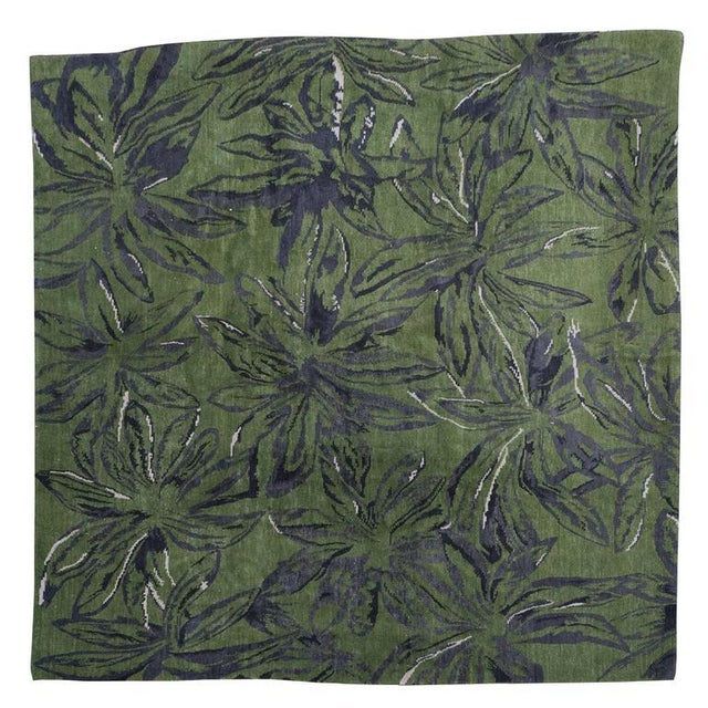 Exuberant Palmleaf-Patterned Hand-Loomed Wool Rug, Stephanie Odegard Collection - Image 7 of 7