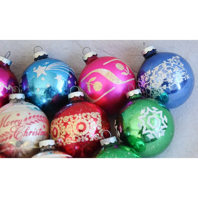 Mid 20th Century Vintage Colorful Christmas Ornaments W/Box - Set of 12 For Sale - Image 5 of 7