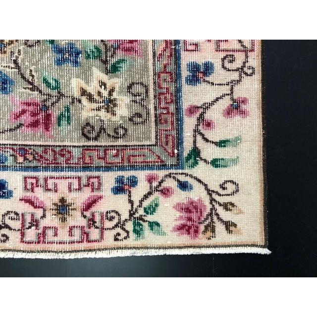1970s Vintage Floral Design Turkish Anatolian Handwoven Rug - 5′8″ × 8′8″ For Sale - Image 10 of 11