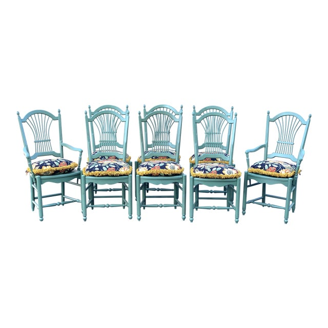 1990s Vintage Nichols & Stone French Country Dinning Chairs- Set of 8 For Sale