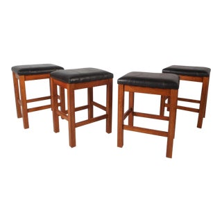 Set of Four Contemporary Modern Bar Stools