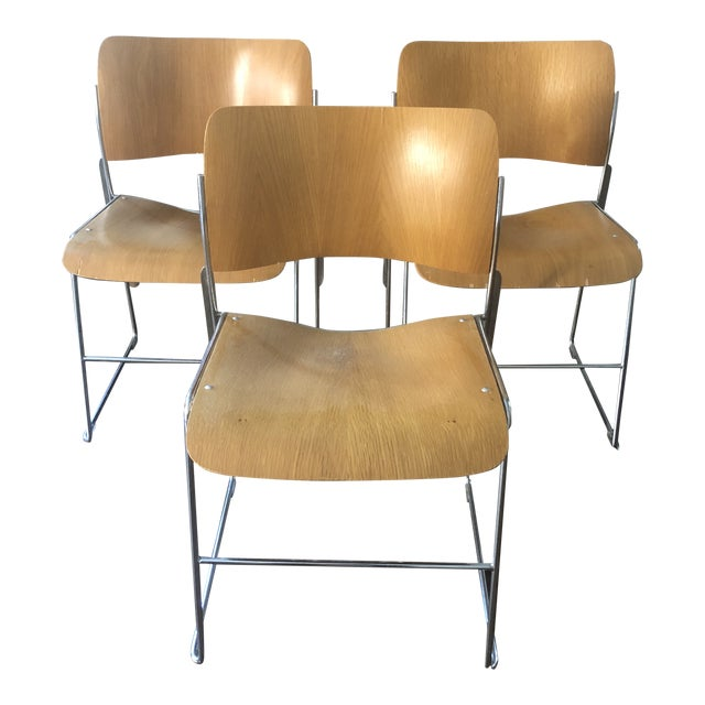 1980s Vintage David Rowland Molded Beech Wood Stackable Chairs -Set of 3 For Sale