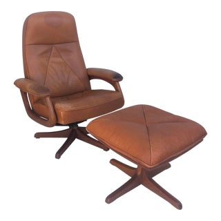 Scandinavian Modern Swivel Lounge Chair With Ottoman For Sale