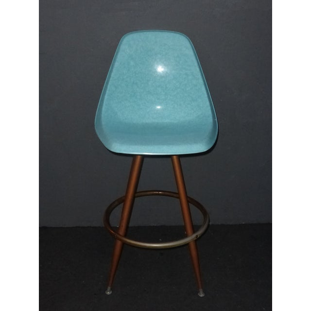 Mid-Century Turquoise Fiberglass Peg Leg Bar Stool - Image 3 of 7