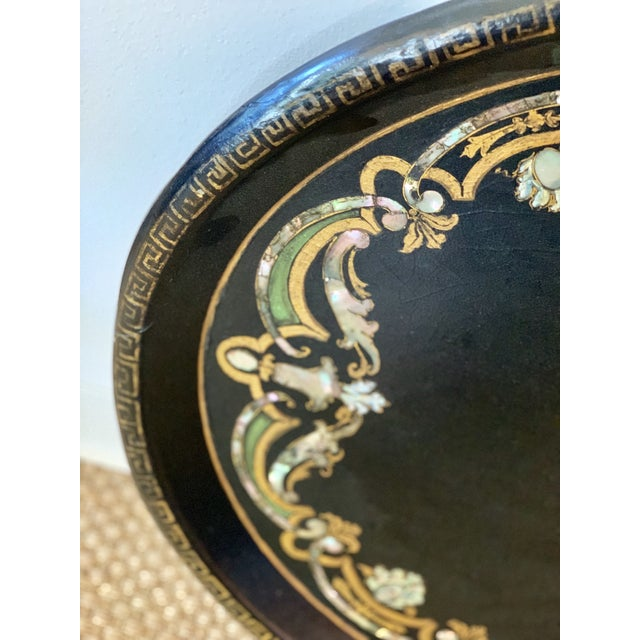 19th Century Black Paper Mache VictorianTray With Mother of Pearl Inlay For Sale In Kansas City - Image 6 of 7