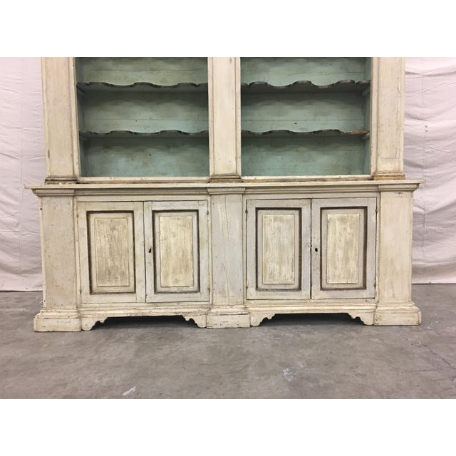 19th Century Italian Tuscan Painted Bookcase Display Cabinet For Sale - Image 4 of 13