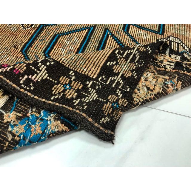 Turkish Bohemian Vintage Floor Kilim Rug - 4′9″ × 9′1″ For Sale - Image 4 of 11