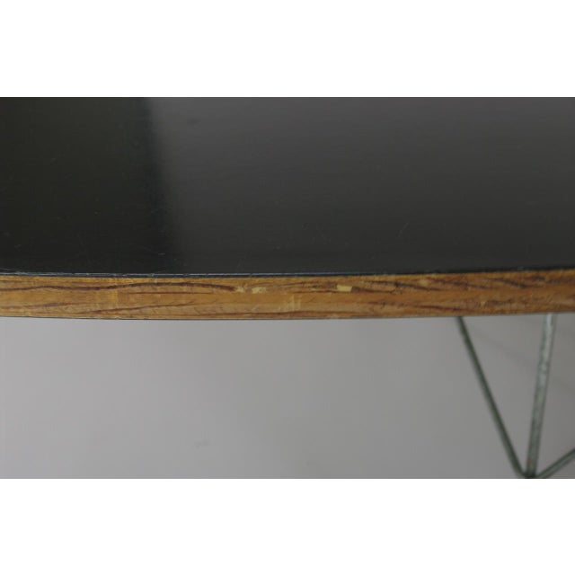 "Silver Eames Elliptical ""Surfboard"" ETR Coffee Table For Sale - Image 8 of 11"