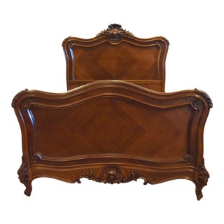 19th-Century French Louis XV-style Walnut Bed