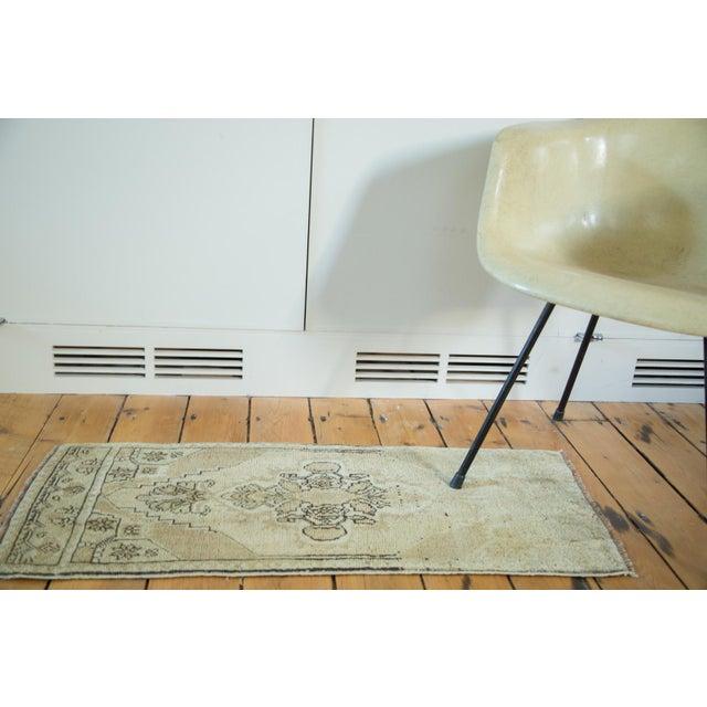 Vintage Oushak Rug Runner - 1′5″ × 3′4″ - Image 2 of 6