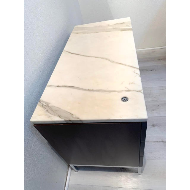 """Mid-Century Modern Knoll """"Florence"""" Office Credenza With Calacatta Borghini Marble Top For Sale - Image 3 of 13"""