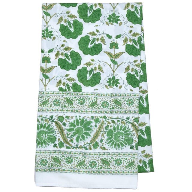 Janvi Tablecloth, 6-seat table - Green For Sale - Image 4 of 4