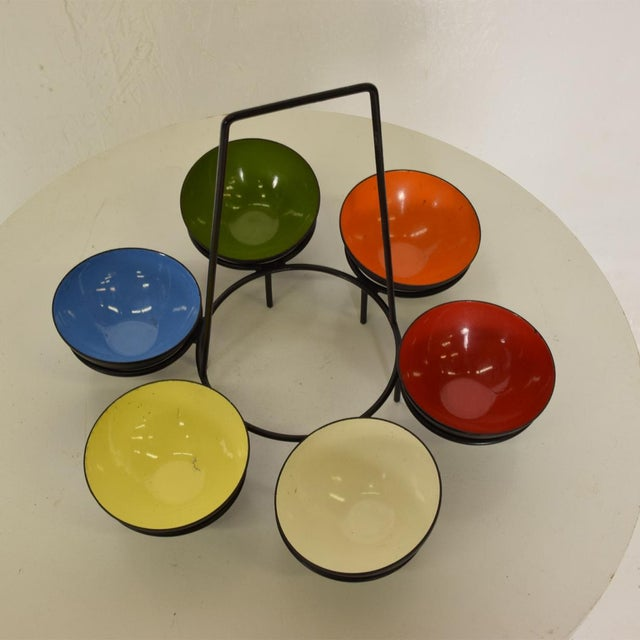 Enamel Mid-Century Modern Center Piece Enamel Bowls - 6 Pc. Set For Sale - Image 7 of 10