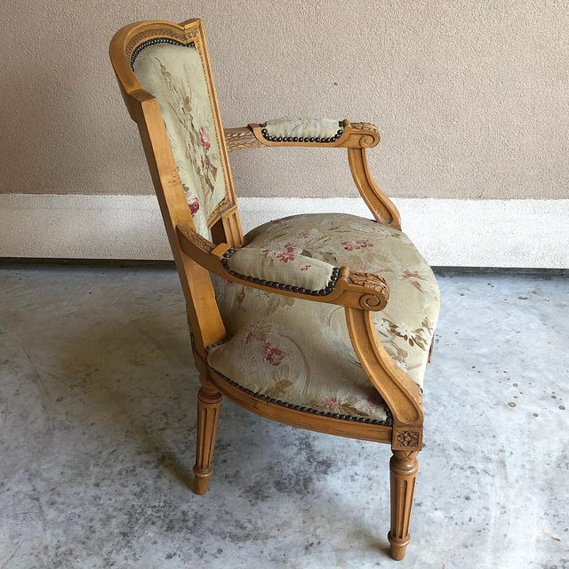 Late 19th Century Pair of Louis XVI French Aubusson Tapestry Fruitwood Armchairs For Sale - Image 5 of 13