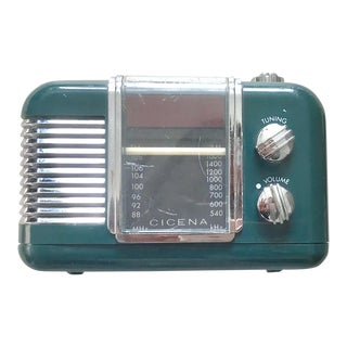 Vintage Working Green Alarm Clock Radio