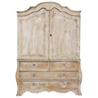 19th Century French Buffet Deux Corps Linen Press Cabinet in Original Patina For Sale