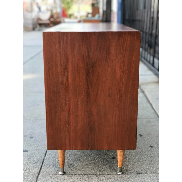 1960s Mid Century Modern Chest of Drawers For Sale - Image 5 of 13