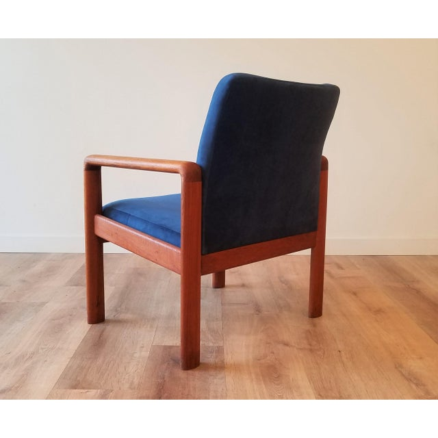 Mid 20th Century Newly-Upholstered Schou Andersen Møbelfabrik Armchair For Sale - Image 5 of 13
