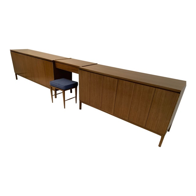 Mid-Century Modern Paul McCobb for Calvin Vanity Furniture Dressers For Sale