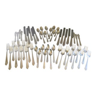 Lunt Treasure Sterling Silver Flatware Ptd. 1921 - 71 Pieces For Sale