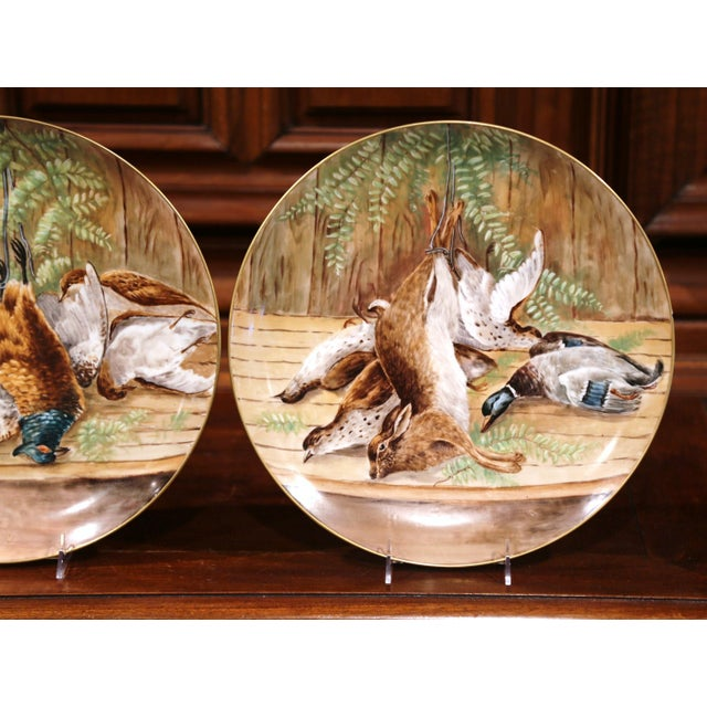 19th Century French Hand-Painted Porcelain Hunting Scenes Wall Platters - a Pair For Sale - Image 9 of 11