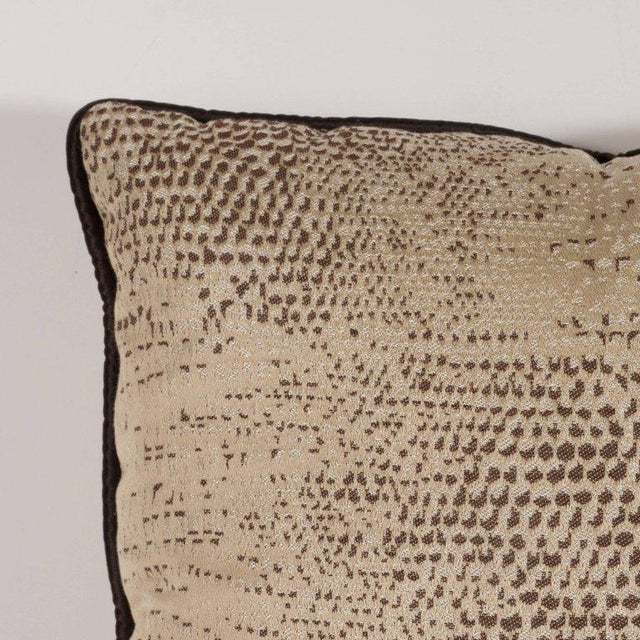 Contemporary Pair of Modernist Pillows with Dark Chocolate Piping and Stylized Lizard Print For Sale - Image 3 of 8