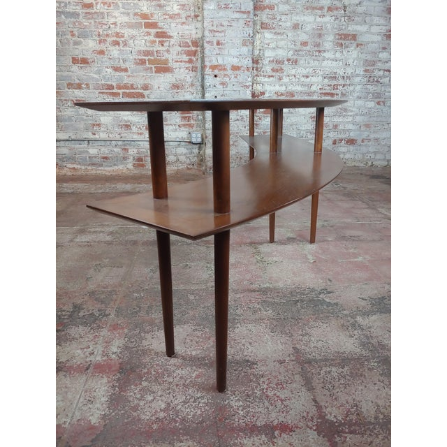 1960s Mid-Century Modern Walnut Two Tier Curvy Console For Sale In Los Angeles - Image 6 of 12