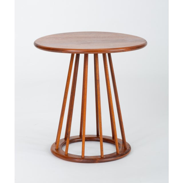 Mid-Century Modern 1950s Walnut Round Side Table by Arthur Umanoff for Washington Woodcraft For Sale - Image 3 of 10