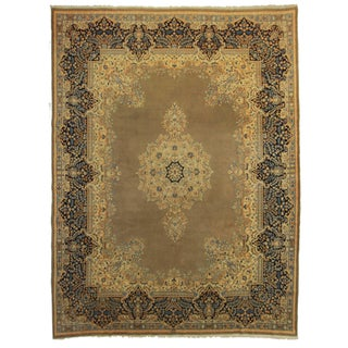 "Persian Kerman Rug - 10' x 13'5"" For Sale"